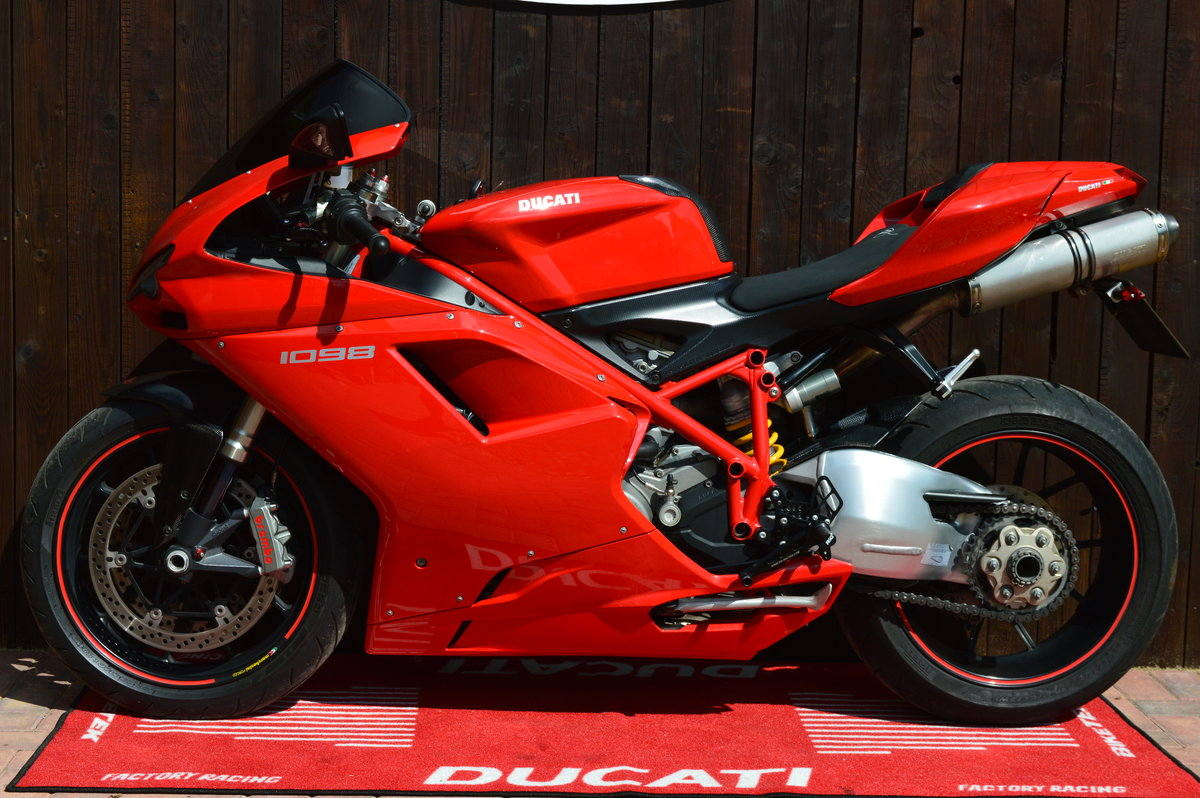 Ducati 1098, 2008, Just Arrived, Stunning bike For Sale (picture 2 of 6)
