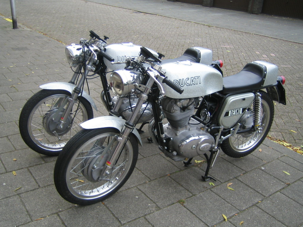 1972 Ducati 350 Silver DesmoNew unused restored  For Sale (picture 1 of 3)