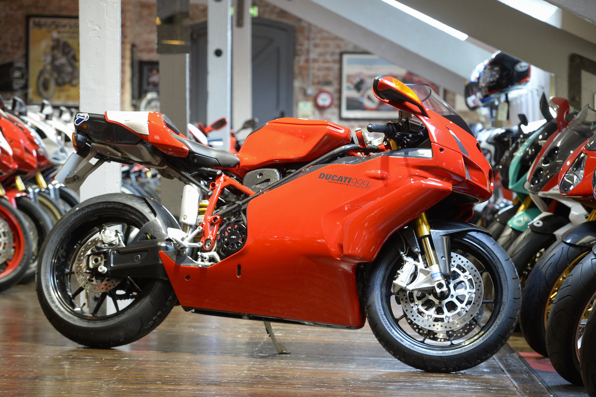 2004 Ducati 999R Low Mileage Example with Termignoni Exhaust For Sale (picture 1 of 6)