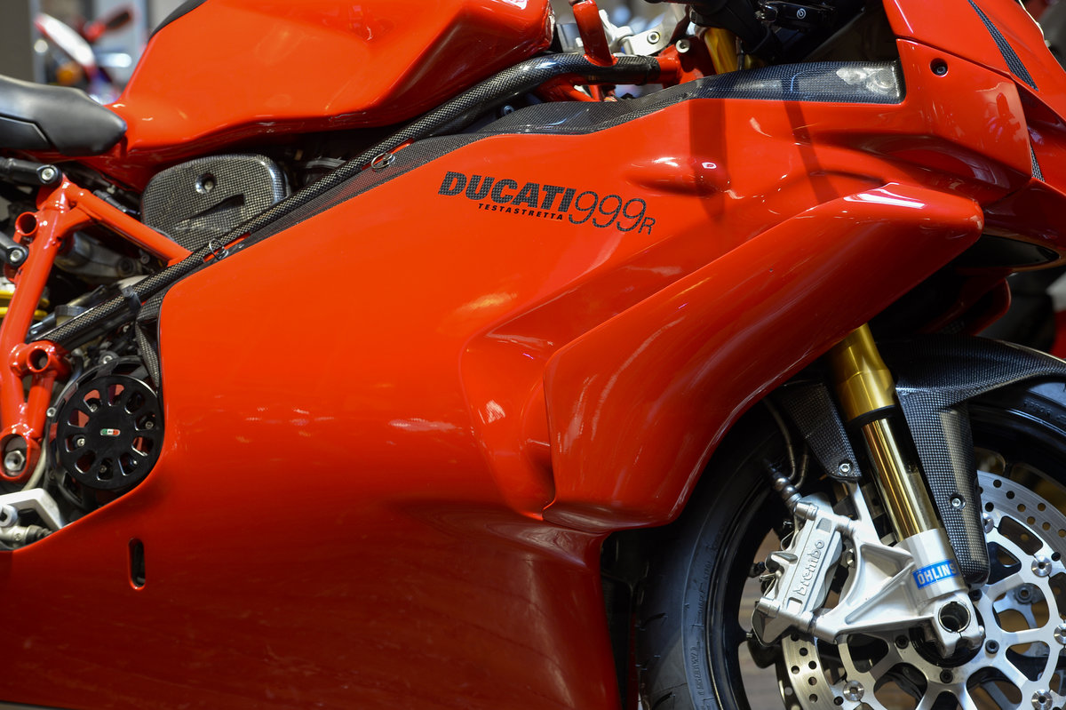 2004 Ducati 999R Low Mileage Example with Termignoni Exhaust For Sale (picture 3 of 6)