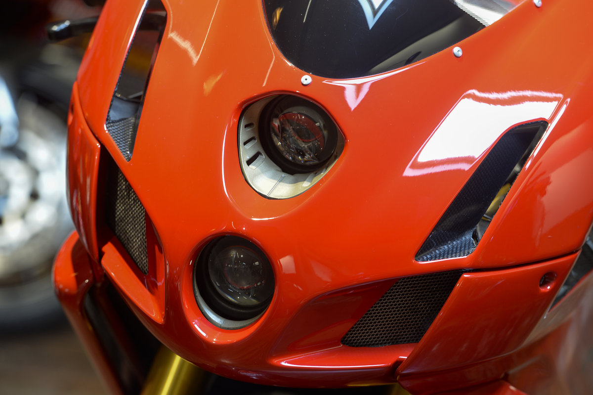 2004 Ducati 999R Low Mileage Example with Termignoni Exhaust For Sale (picture 4 of 6)