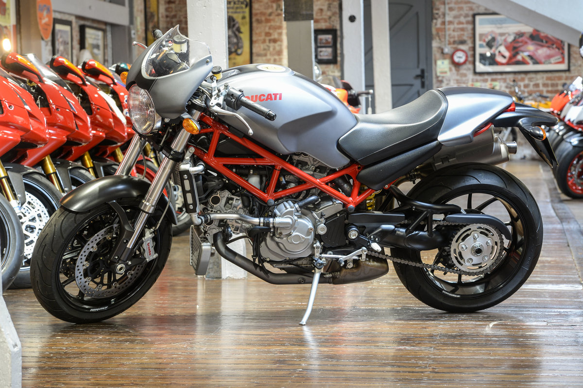 2008 Ducati Monster S4R Immaculate Example only 566 miles  For Sale (picture 6 of 6)