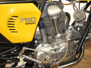 1974 DUCATI 750cc GT ROUND CASE For Sale