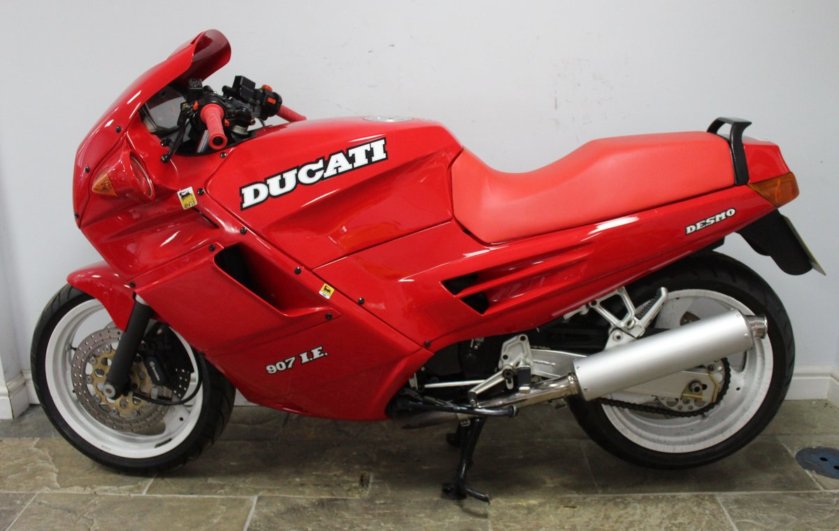 1991 Ducati 907 IE (Injection) 17,714 miles with History For Sale (picture 4 of 6)