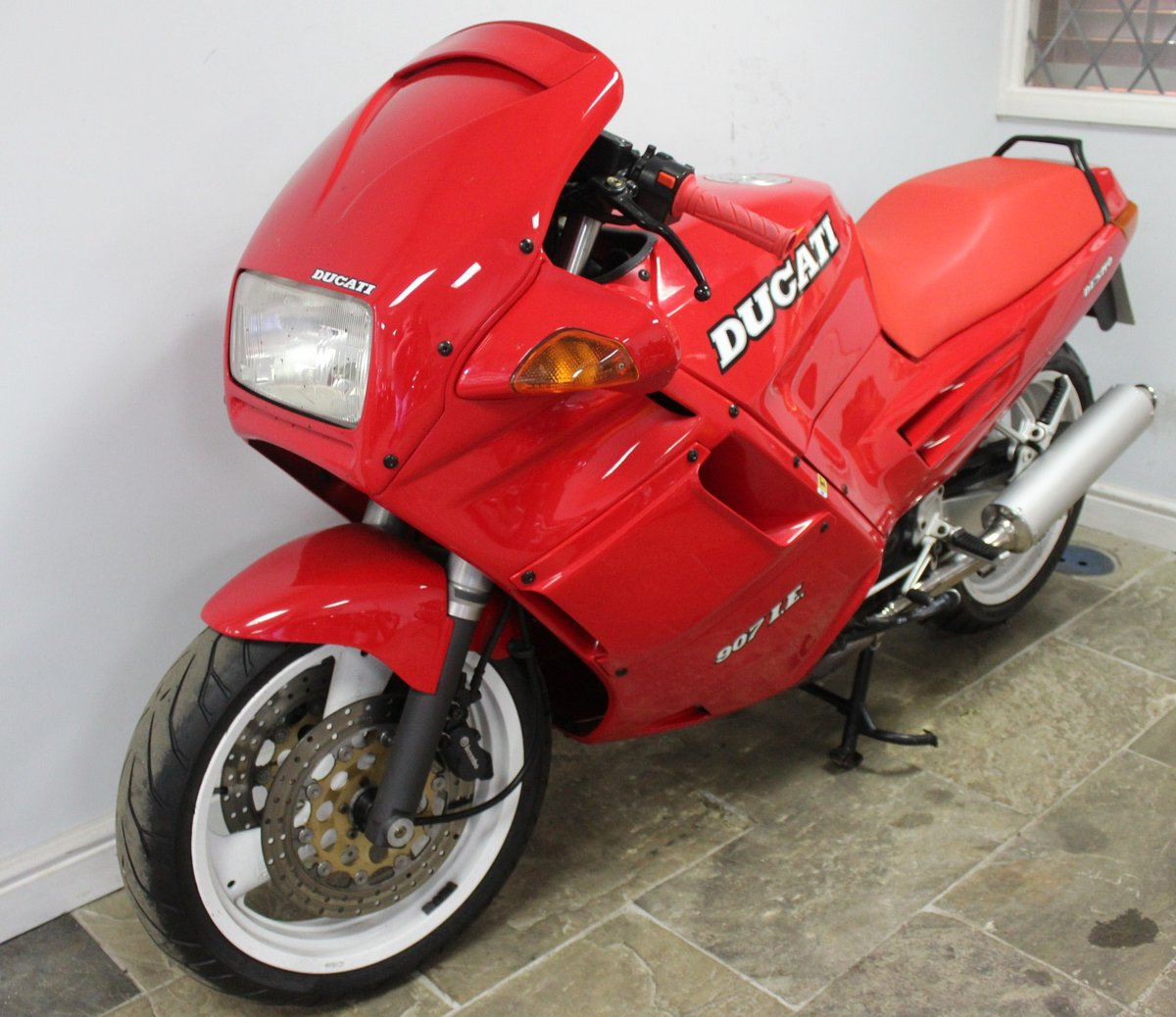 1991 Ducati 907 IE (Injection) 17,714 miles with History For Sale (picture 5 of 6)
