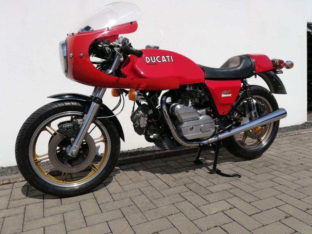 1983 Ducati 900 SS / D Imola Replica Bevel Desmo For Sale (picture 2 of 6)