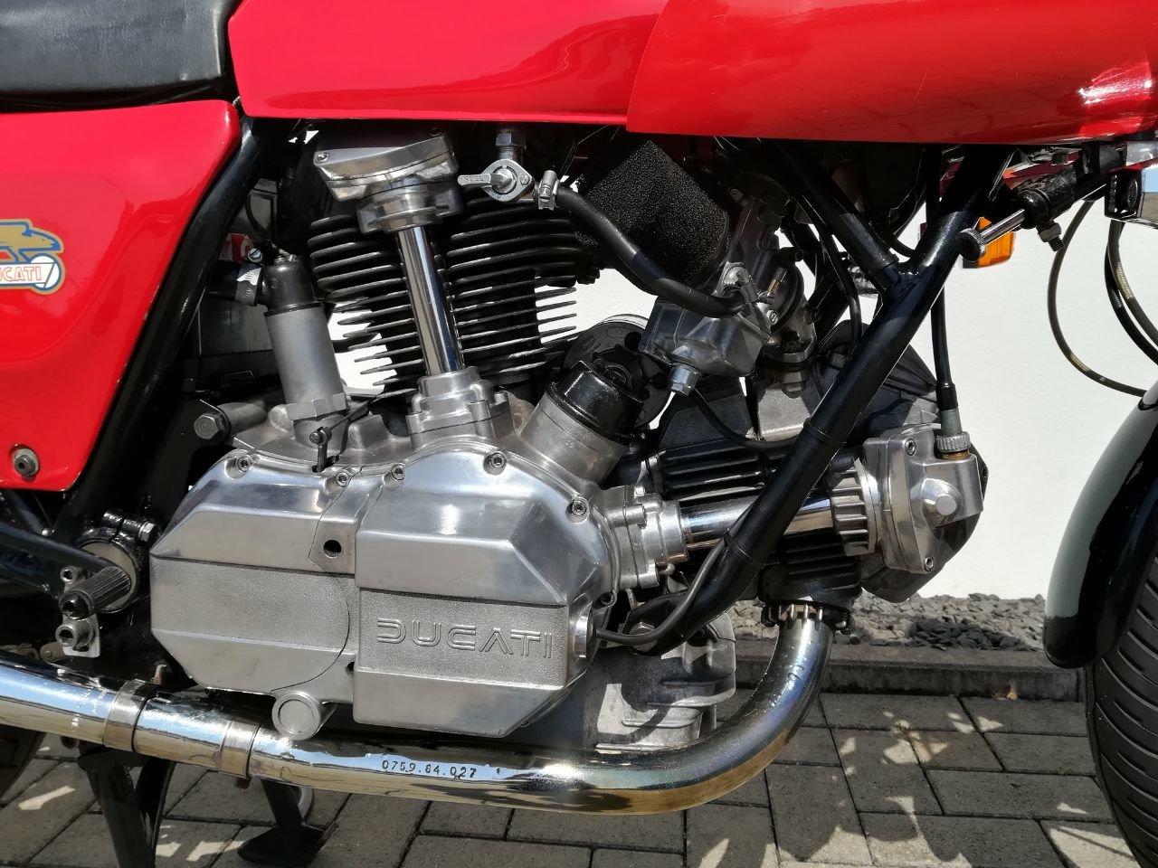 1983 Ducati 900 SS / D Imola Replica Bevel Desmo For Sale (picture 6 of 6)