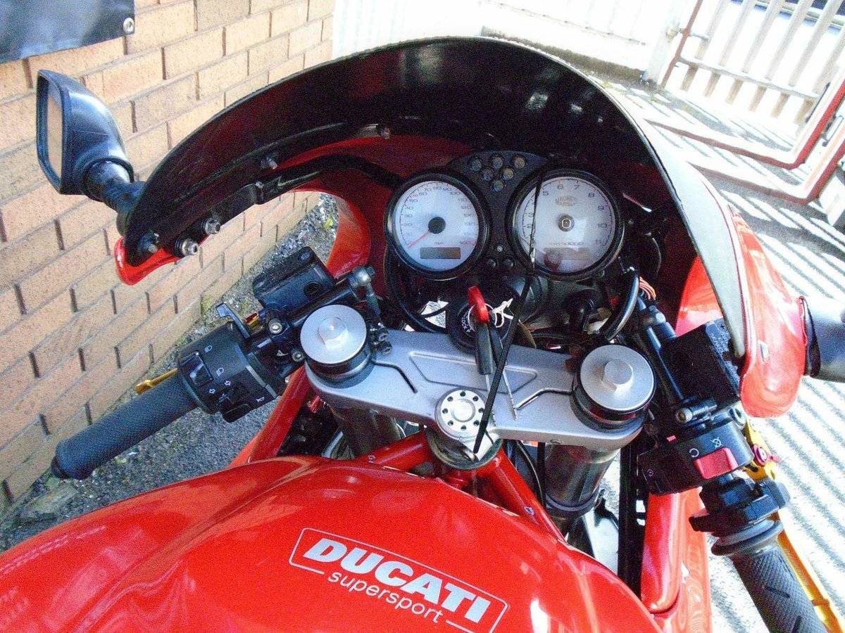 DUCATI SUPERSPORT 800 SS (2006) RED! 2 OWNERS 30K! For Sale (picture 5 of 6)