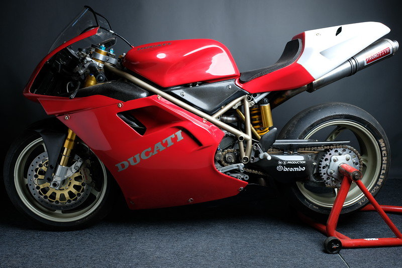 1996 955 Ducati Corse BSB race bike Ex Graves For Sale (picture 2 of 6)
