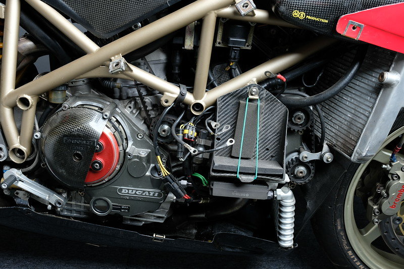 1996 955 Ducati Corse BSB race bike Ex Graves For Sale (picture 6 of 6)