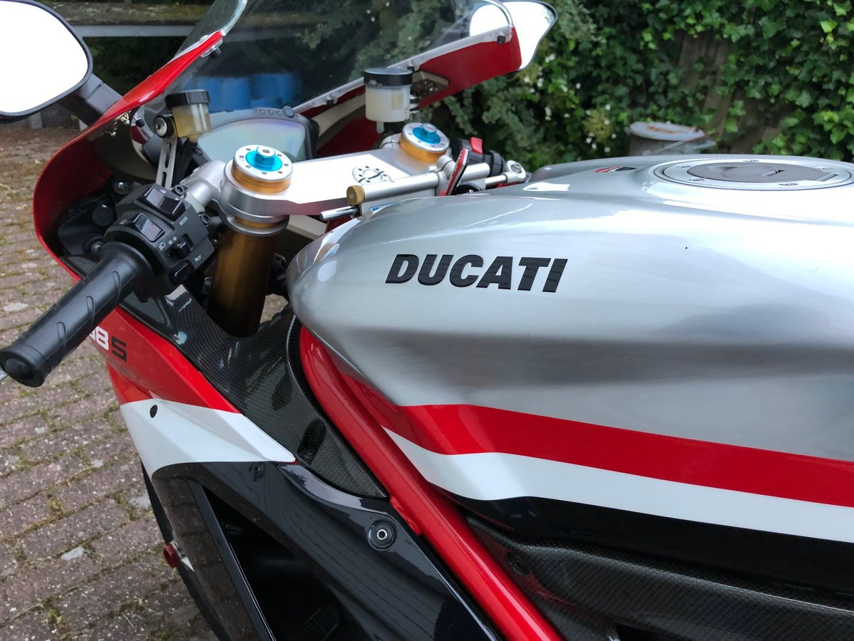 Absolutely amazing Ducati 1198S Corse Special Edition 2011 SOLD (picture 4 of 6)
