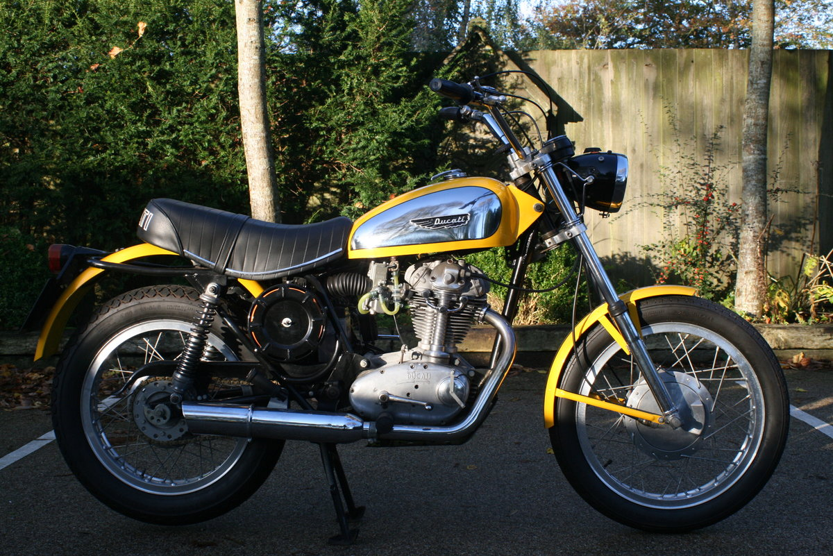 1976 STUNNING DUCATI 350 SCRAMBLER! For Sale (picture 1 of 6)