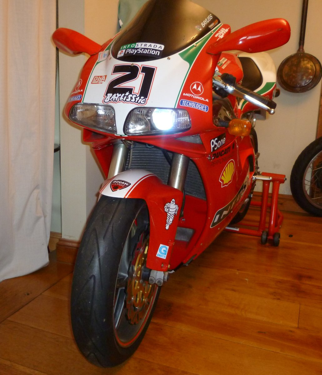 2000 Ducati 748 For Sale (picture 1 of 3)