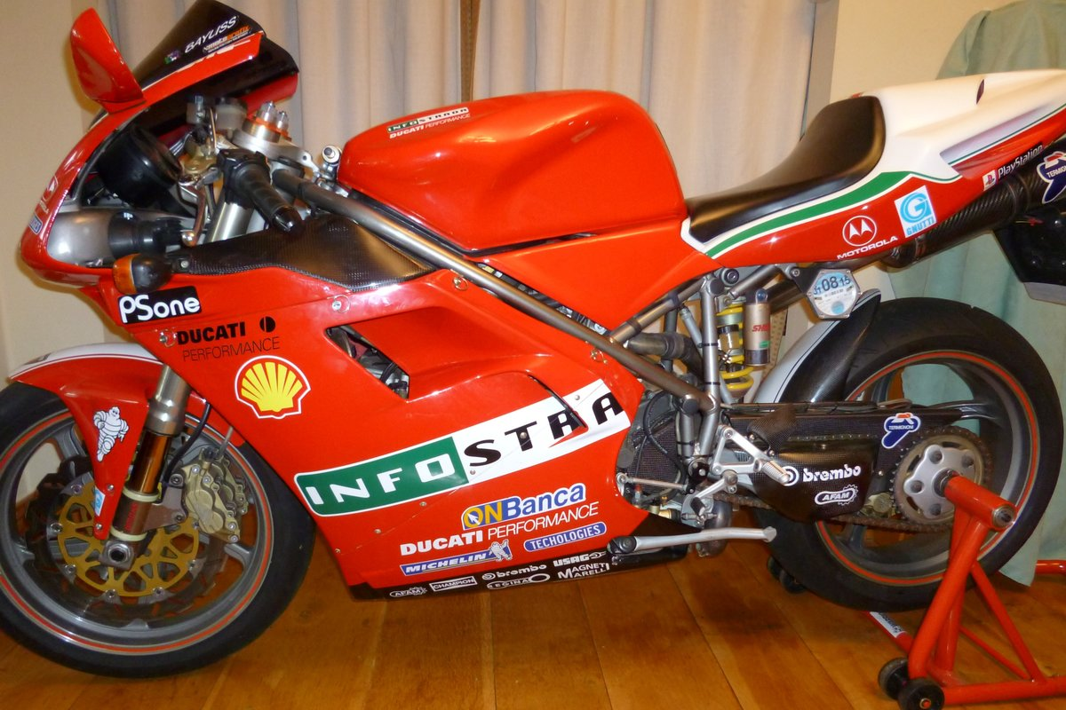 2000 Ducati 748 For Sale (picture 2 of 3)