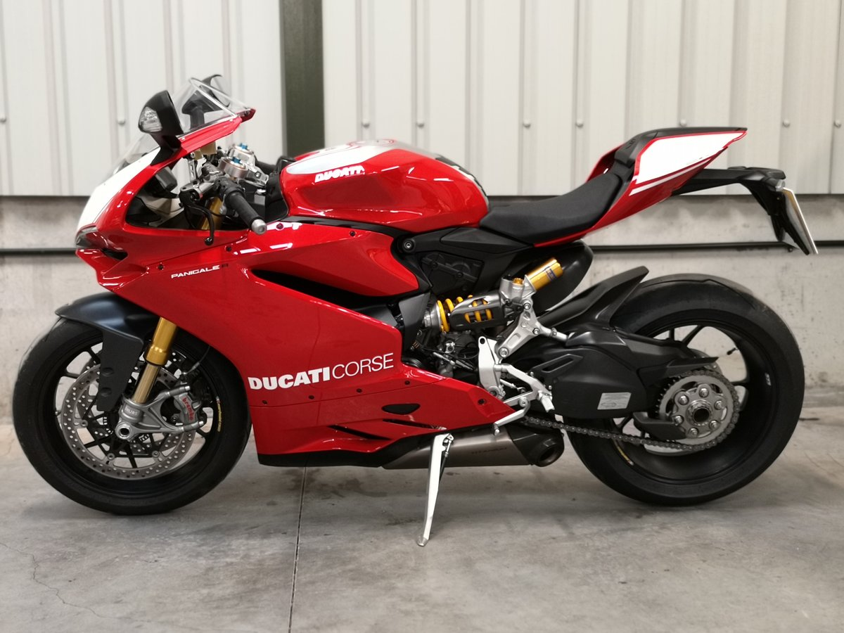2017 Ducati 1199R Panigale Mk11  SOLD (picture 2 of 6)