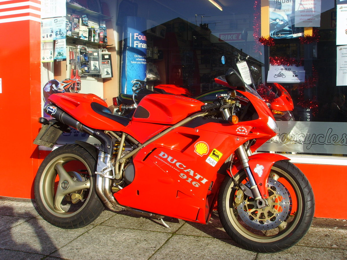 1997 Ducati 916 Biposto 2 previous owners Iconic Classic For Sale (picture 1 of 6)