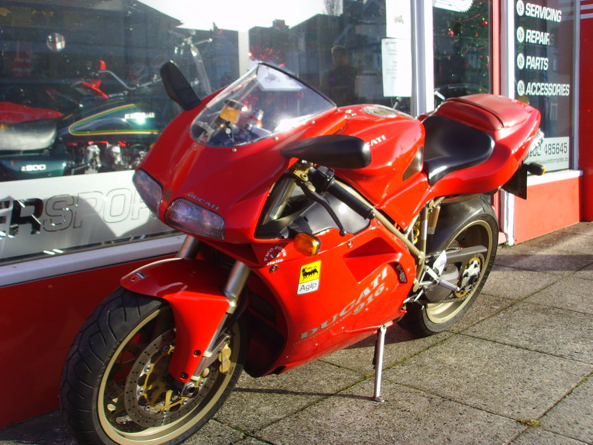 1997 Ducati 916 Biposto 2 previous owners Iconic Classic For Sale (picture 3 of 6)