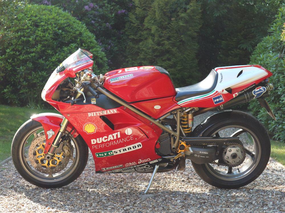 Ducati 996 Biposto 1999 For Sale (picture 2 of 6)