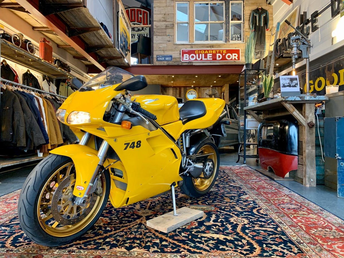 2001 Ducati 748  For Sale (picture 1 of 6)