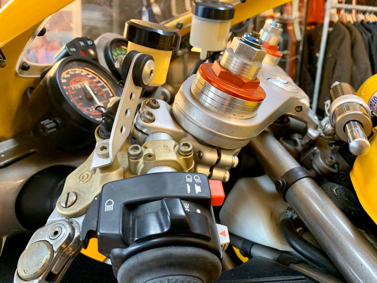 2001 Ducati 748  For Sale (picture 5 of 6)