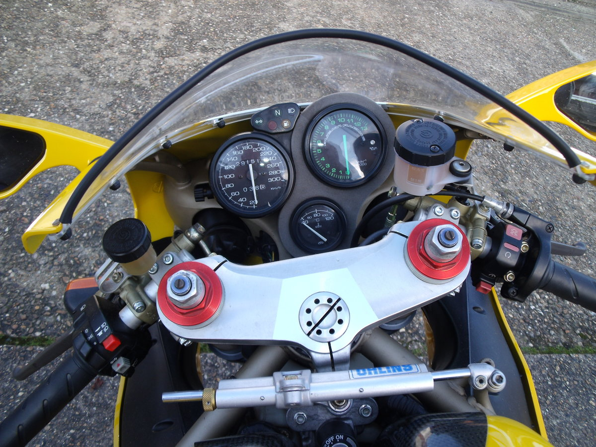 1998 DUCATI 748 SPS For Sale (picture 5 of 6)