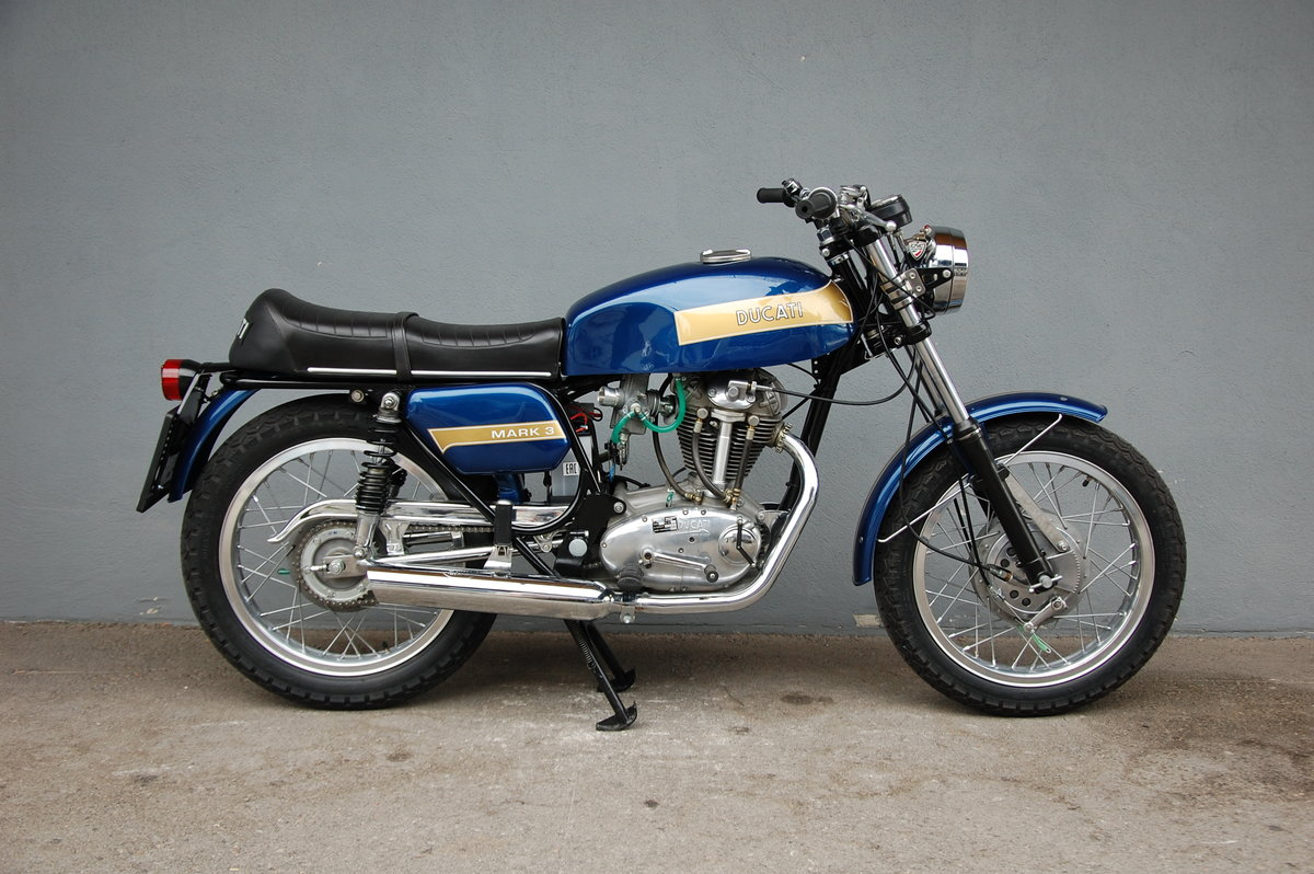 1974 Ducati Mark 3 fully restored with desmo engine For Sale (picture 1 of 6)