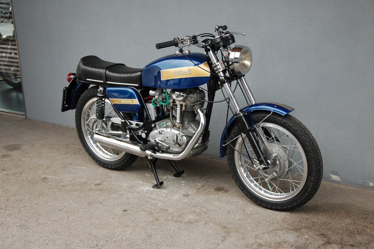 1974 Ducati Mark 3 fully restored with desmo engine For Sale (picture 3 of 6)