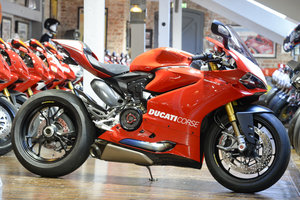 2016 Ducati Panigale R 1199 High Spec Mark 2 only 158 miles For Sale