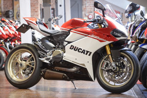 DUCATI 1299 ANNIVERSARIO NO: 184 of 500 ONLY 487 Miles