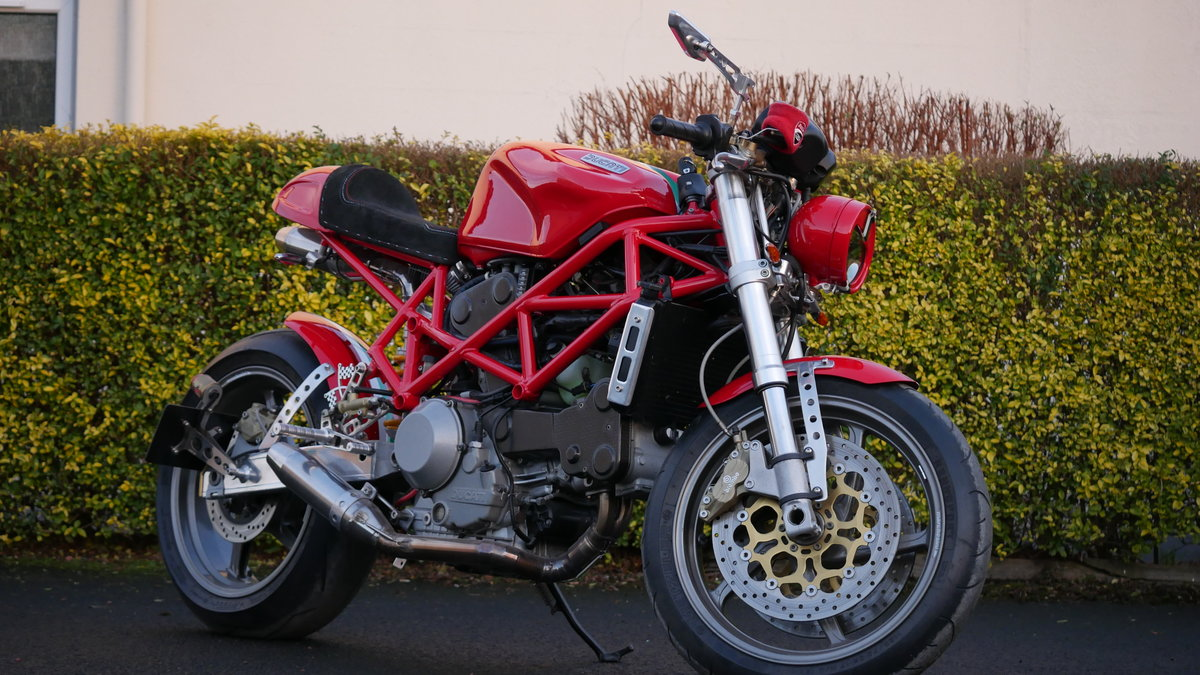 2001 Ducatti Cafe Racer based on Ducati Monster 916 Sel For Sale (picture 2 of 6)