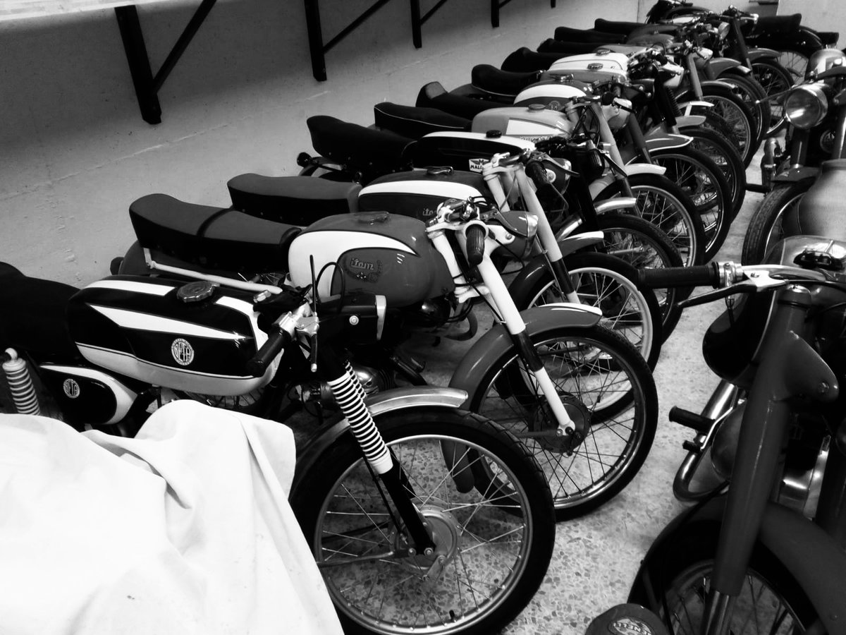 0000 Ducati,Benelli,MvAgusta,yamaha,Bianchi,Mondial,Gilera For Sale (picture 1 of 6)