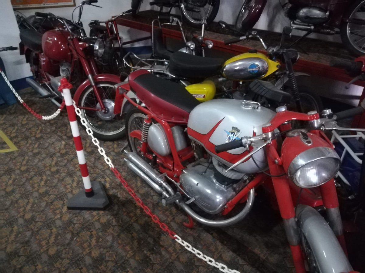 0000 Ducati,Benelli,MvAgusta,yamaha,Bianchi,Mondial,Gilera For Sale (picture 3 of 6)