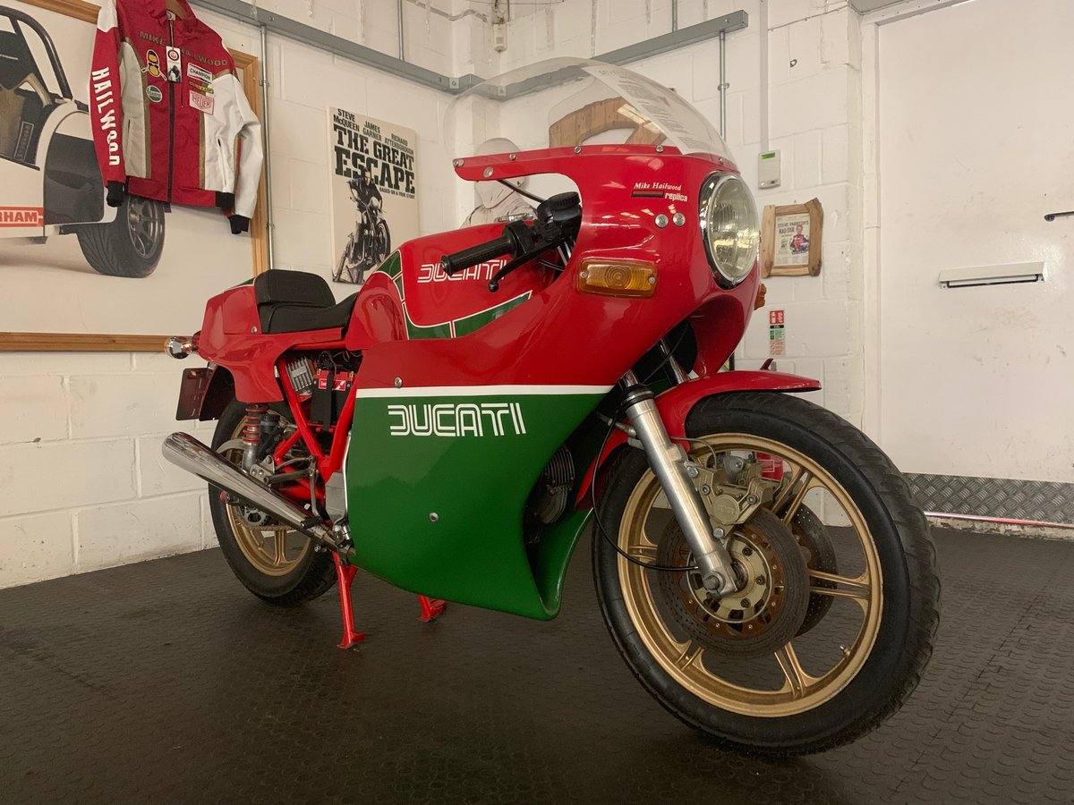 Ducati Mike Hailwood Replica 1981 For Sale (picture 2 of 6)