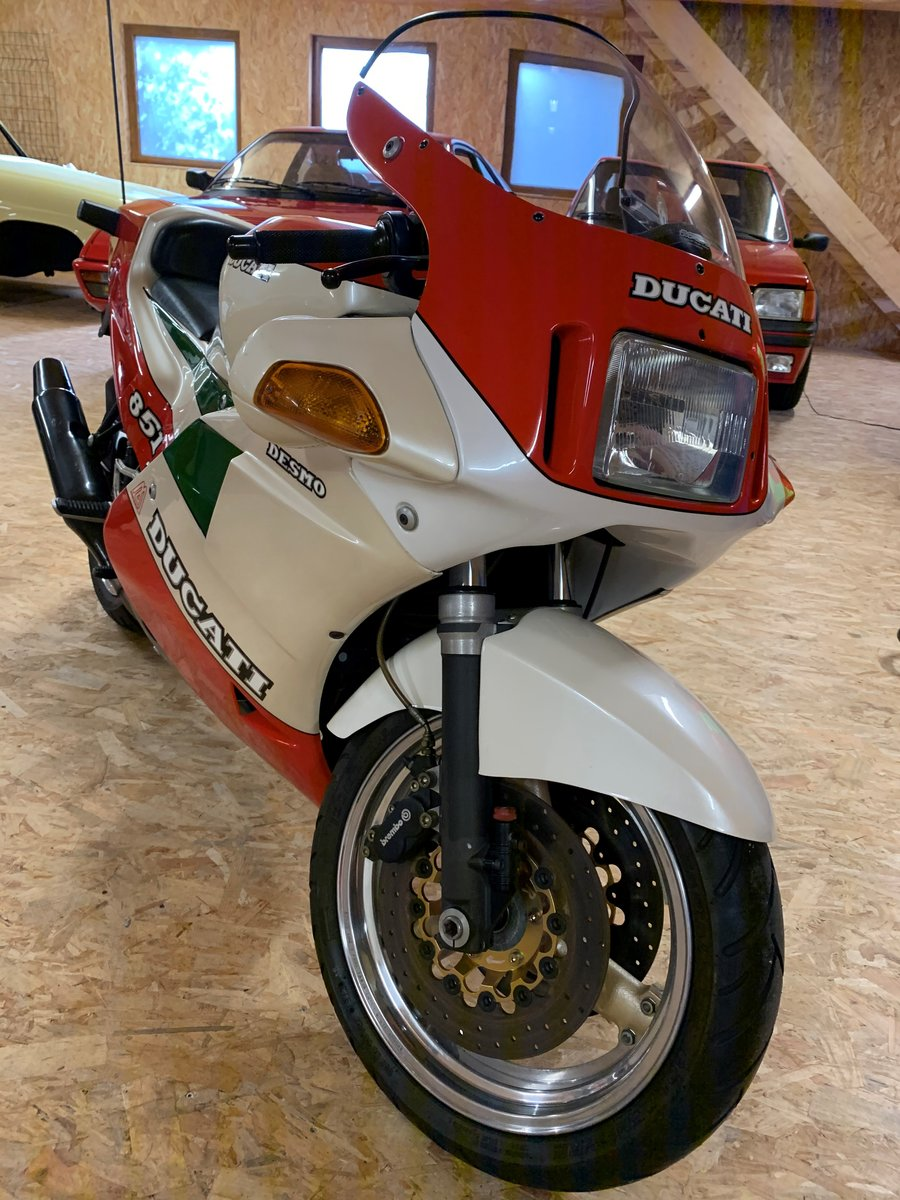 1988 Ducati - 851 strada tricolore For Sale (picture 1 of 6)