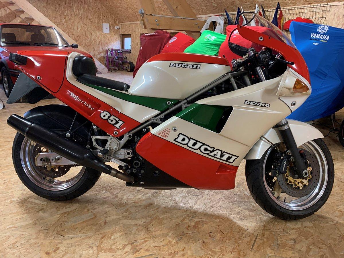 1988 Ducati - 851 strada tricolore For Sale (picture 2 of 6)
