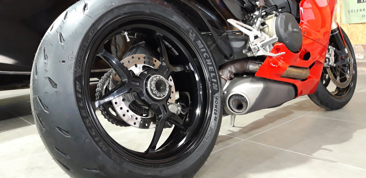 2016 Ducati Panigale 1299 For Sale (picture 4 of 6)