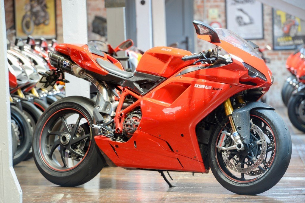 2011 Ducati 1198 SP Rare example Low miles For Sale (picture 1 of 6)
