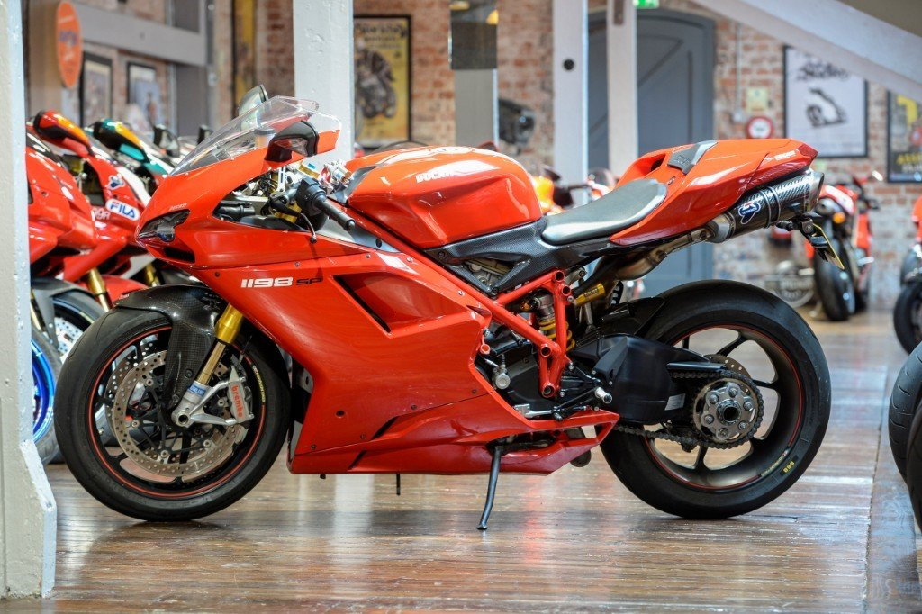 2011 Ducati 1198 SP Rare example Low miles For Sale (picture 6 of 6)