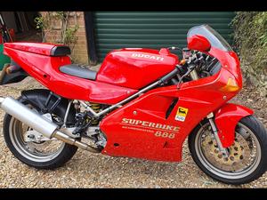 Ducati 888 Strada Superbike 1994