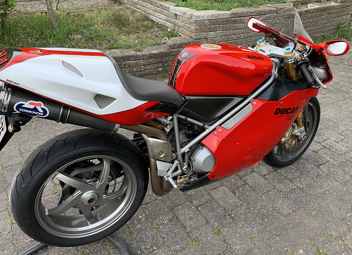 2002 DUCATI 748R no.840 SOLD (picture 3 of 6)