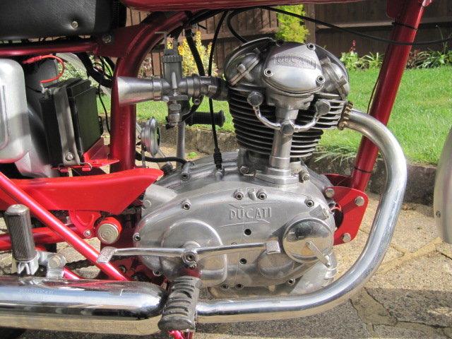 1963 DUCATI 125cc  SOLD (picture 3 of 6)