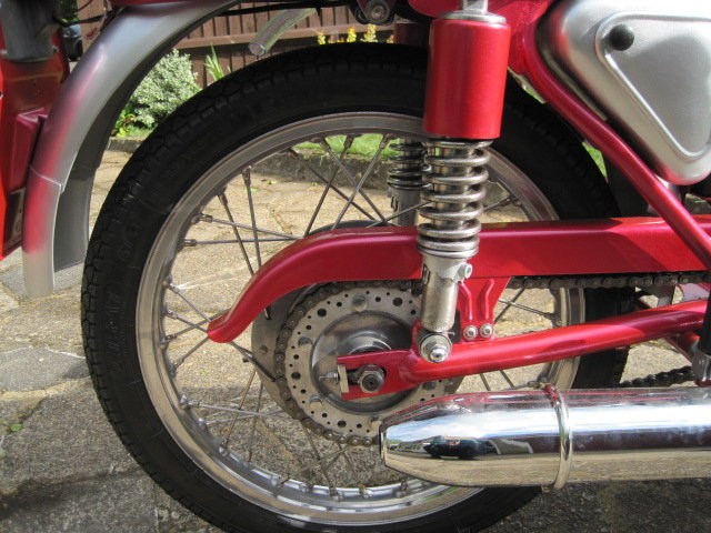 1963 DUCATI 125cc  SOLD (picture 5 of 6)