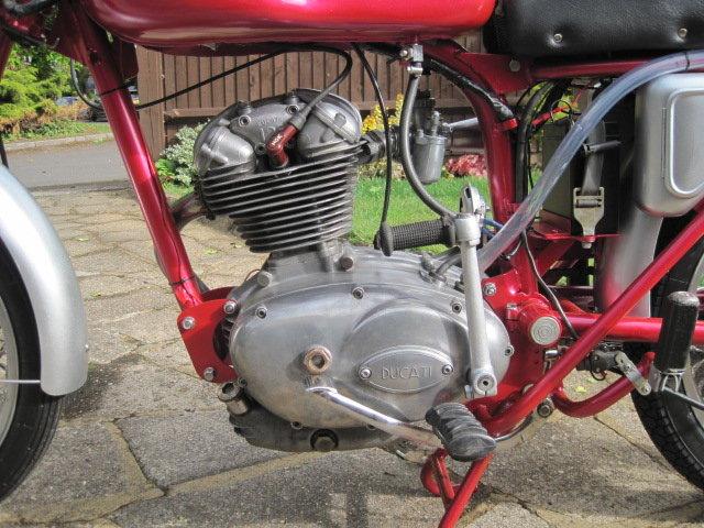 1963 DUCATI 125cc  SOLD (picture 6 of 6)