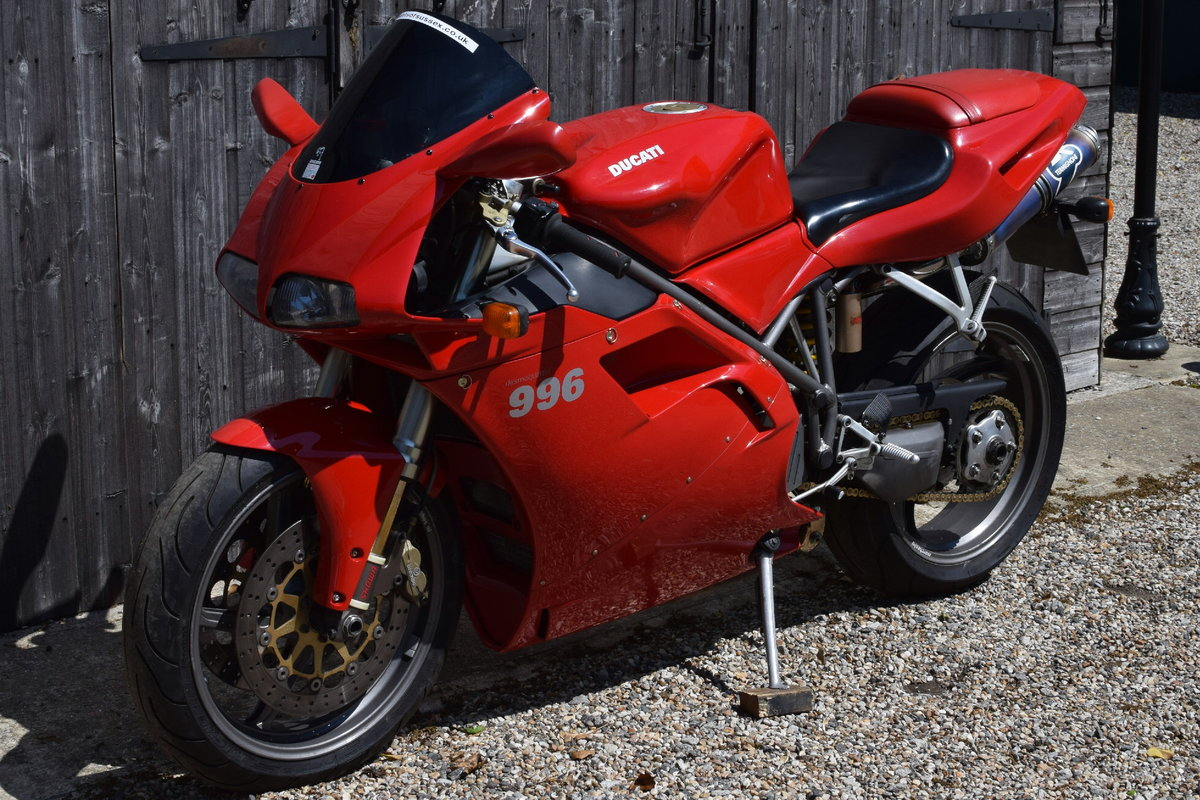 Ducati 996 BiPosto (20000 miles, Just had belts) 2000 W Reg SOLD (picture 4 of 6)
