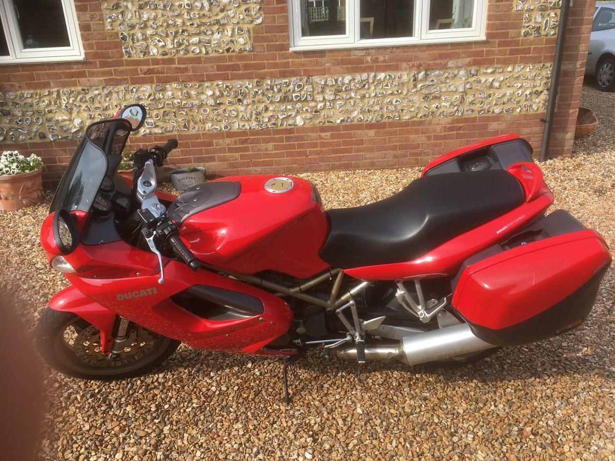 1999 Ducati ST2 Sports Tourer 944cc  SOLD (picture 3 of 5)