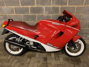 1990 Ducati 906 Paso