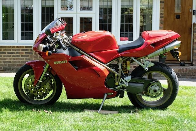 1998 Ducati 916 Superb original (low miles, late model) For Sale (picture 1 of 5)