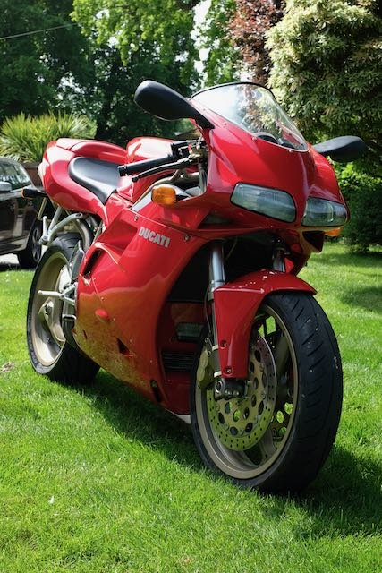 1998 Ducati 916 Superb original (low miles, late model) For Sale (picture 2 of 5)