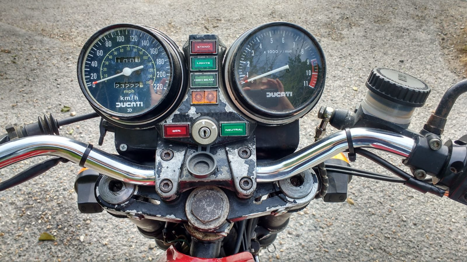 1977 DUCATI Darmah Roadworthy 43 year old classic. For Sale (picture 5 of 6)