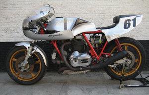 ducati race bike